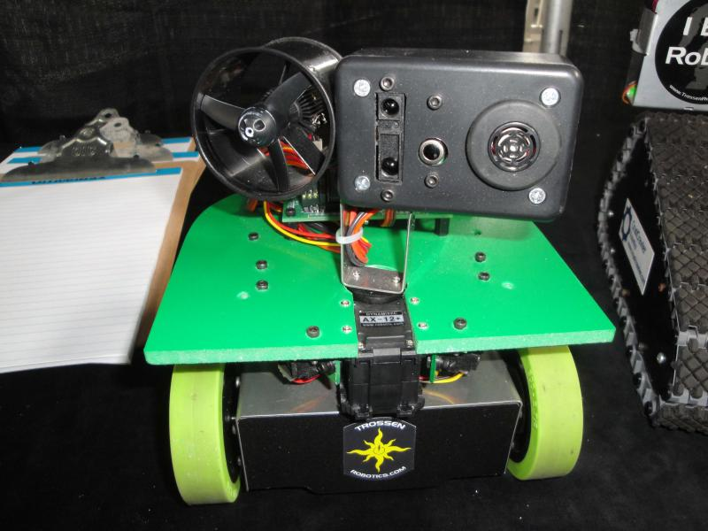 Dsc00415 by Alex in RoboGames 2009