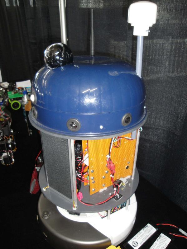 Dsc00419 by Alex in RoboGames 2009