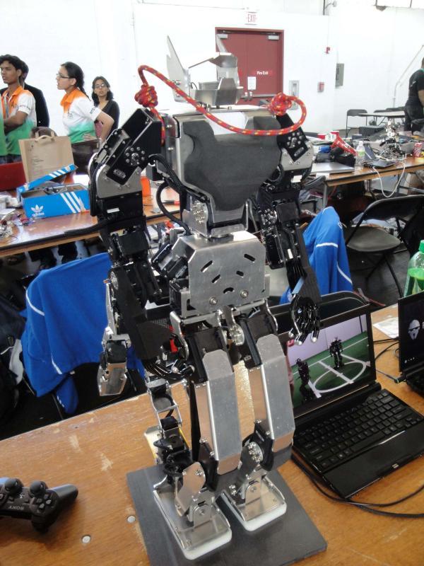 Dsc00461 by Alex in RoboGames 2009