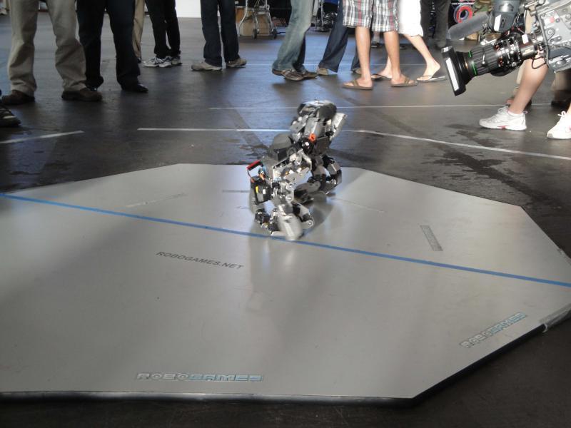 Dsc00465 by Alex in RoboGames 2009