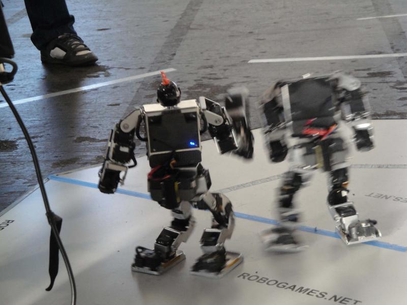 Dsc00470 by Alex in RoboGames 2009