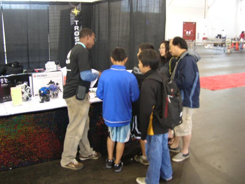 Darkback2 Teaching All The Kidz by Alex in RoboGames 2008