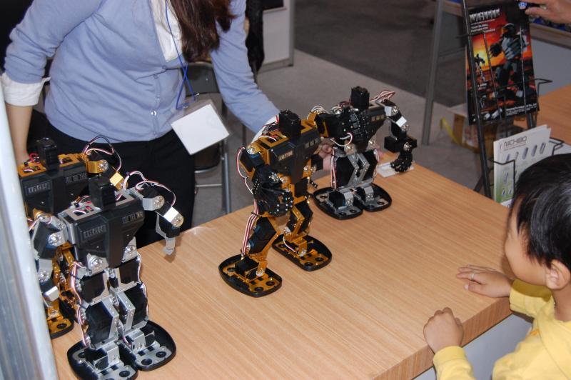 Dsc 0083 by Matt in IRC 2010 - Hall 2