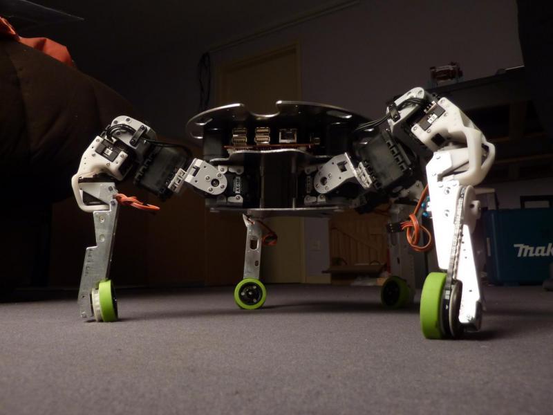 Xachikoma - Bioloid-based, Aluminum Body by Xevel in Member Galleries